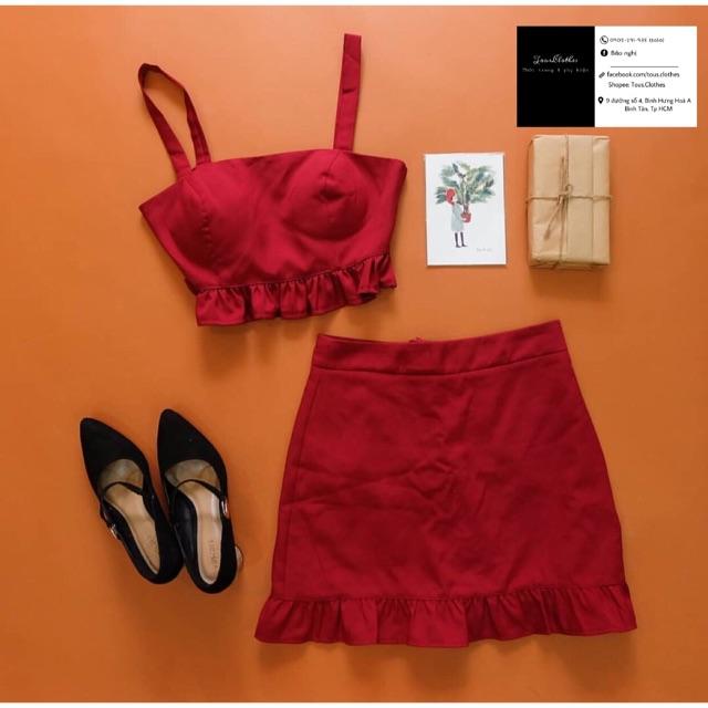Set áo croptop 2 dây mút ngực + chân váy có quần