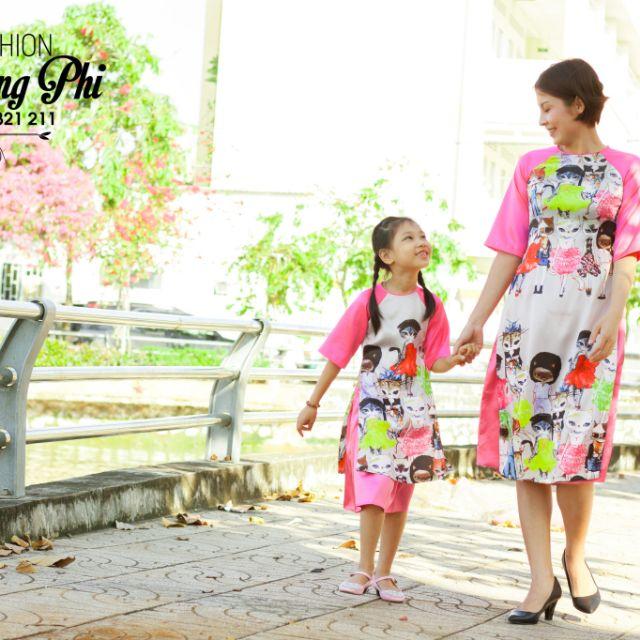 Áo dài cách tân mẹ và bé