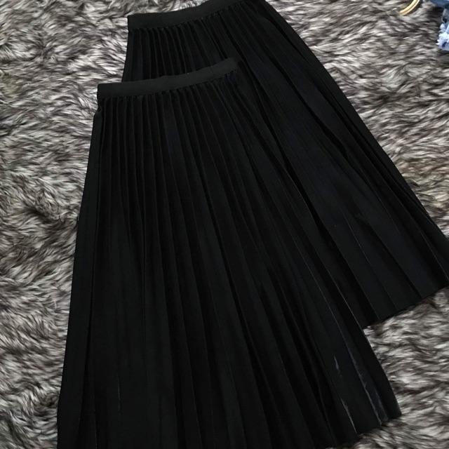 Chân váy đen xếply đen