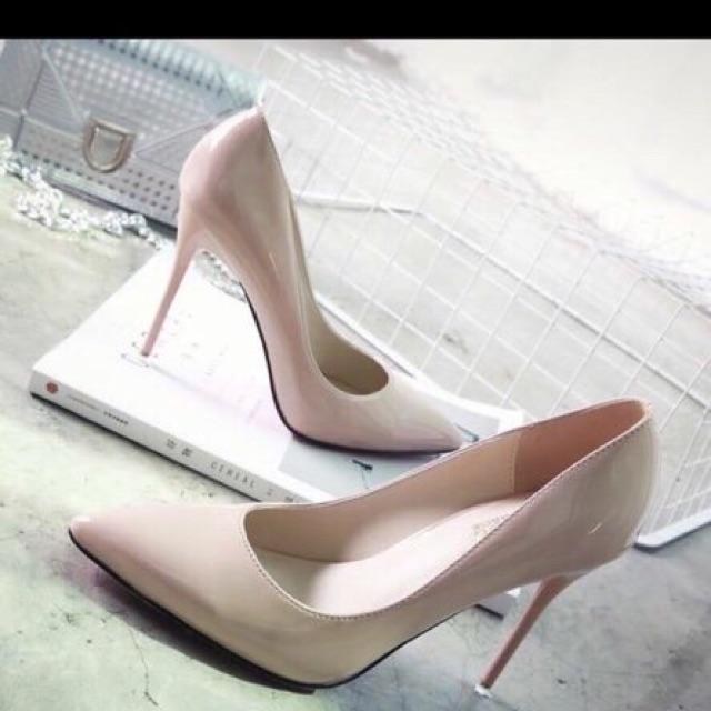 Giày cao gót chất đẹp, thiết kế sang trọng lịch sự