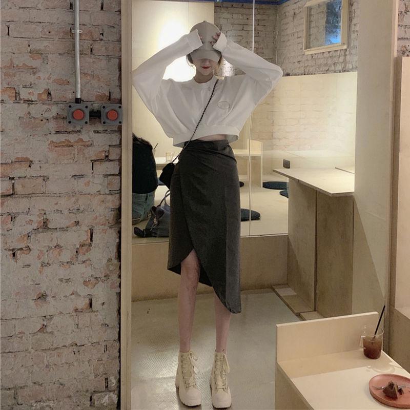 Bộ Áo Sweater Dáng Rộng + Chân Váy Lệch Tà Thiết Kế Trẻ Trung Cho Nữ