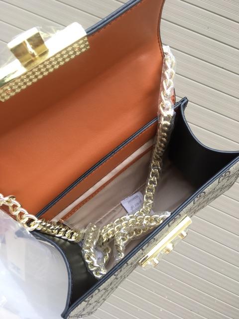 Túi Hoa văn Cổ điển Size 20cm Có hộp