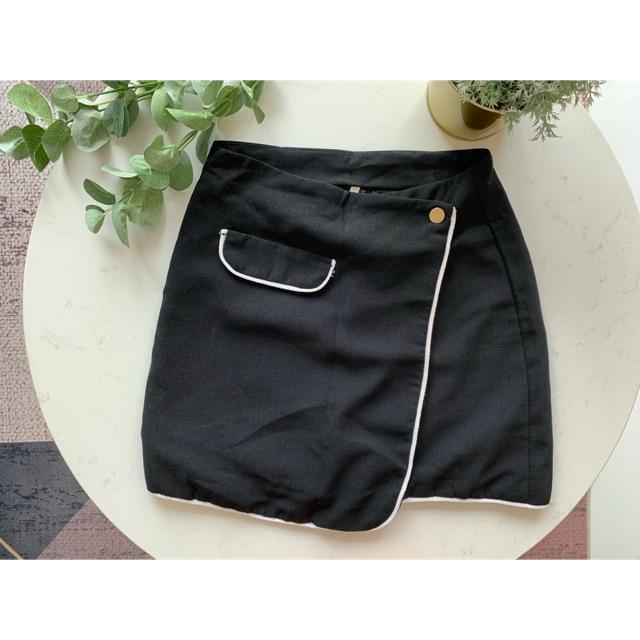 [Thanh lý] Chân váy đen hiệu VIIC_Mã V002