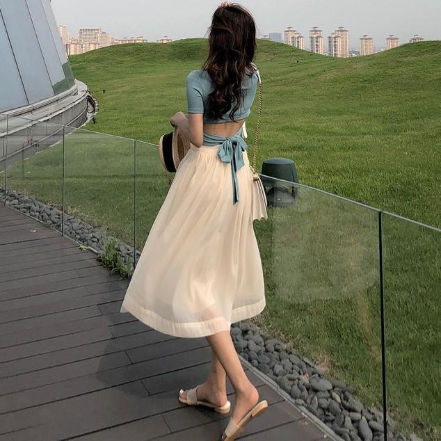 Set Áo Lửng 2 Dây Và Chân Váy Lưới Gợi Cảm Dành Cho Nữ