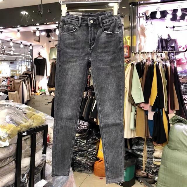 [Sale có sẵn] Quần jeans Asos tua rua gấu