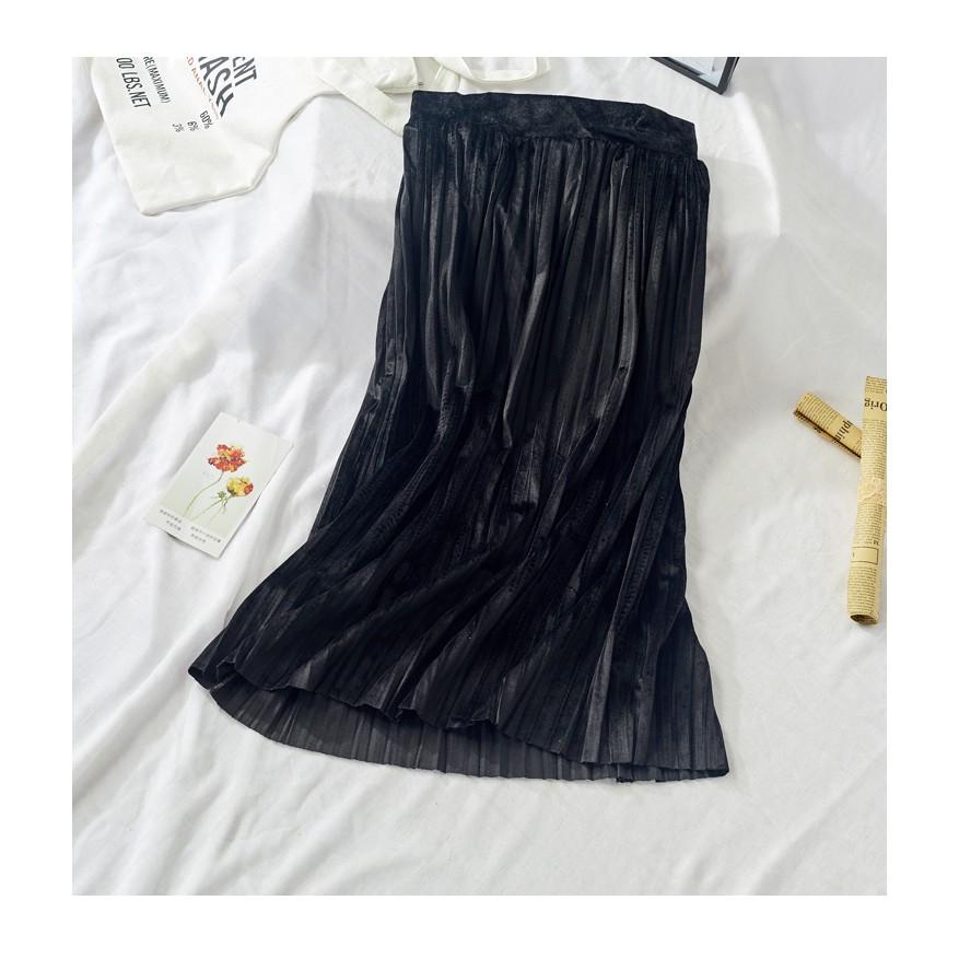 Chân váy xếp ly dài màu đen
