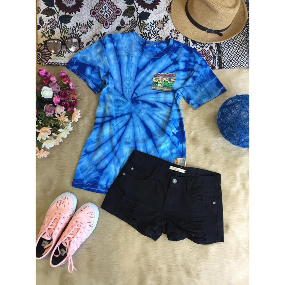 Combo áo phông và quần short