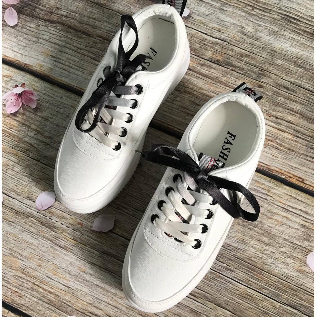 Giày sneaker nữ Quảng Châu