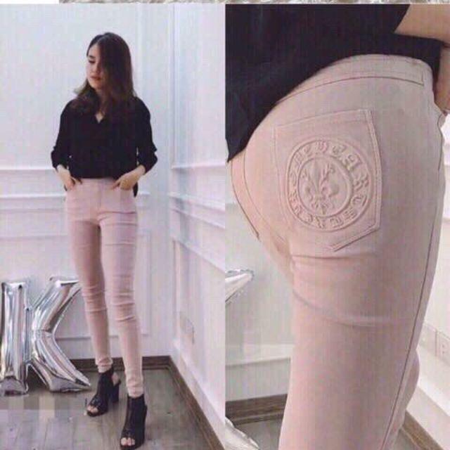 Quần jean dài lưng cao phối túi logo nổi hàng Quảng Châu