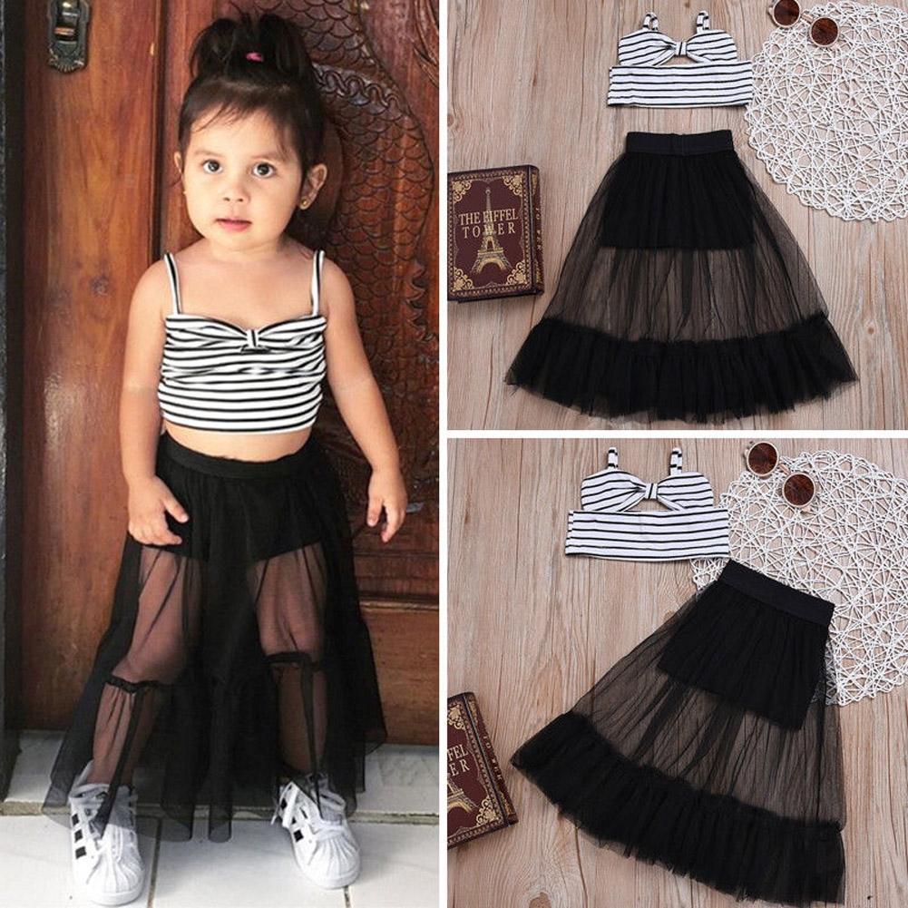 Bộ áo thun ngắn tay + chân váy sọc ngang cho bé gái
