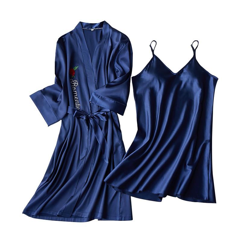 Set đầm ngủ và áo khoác vải lụa thời trang mùa hè gợi cảm cho nữ