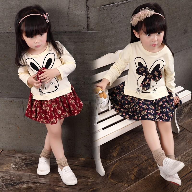 Set áo thun dài tay in hình thỏ + chân váy in hoa xinh xắn cho bé gái