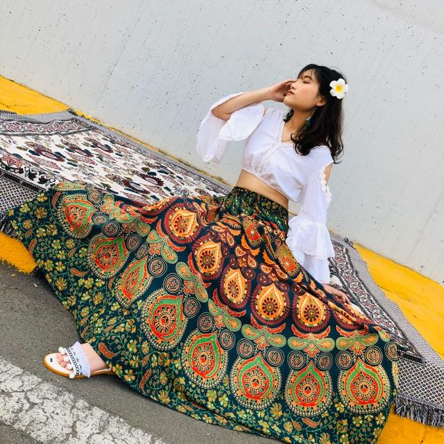 Set chân váy Ấn và áo croptop