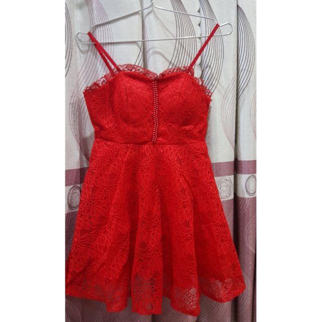 Đầm ren đỏ