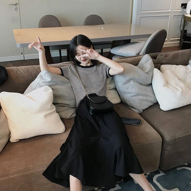 Set Áo Sơ Mi Dài Tay + Chân Váy Phối Sọc Caro Thời Trang Theo Phong Cách Pháp