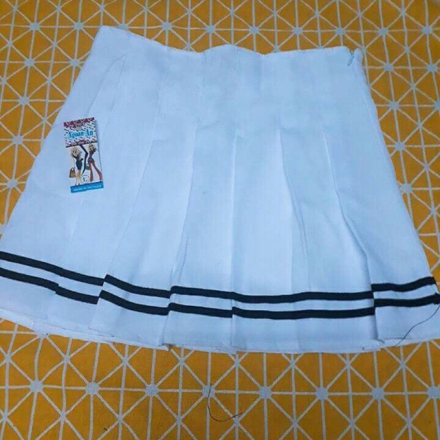 Chân váy tenis