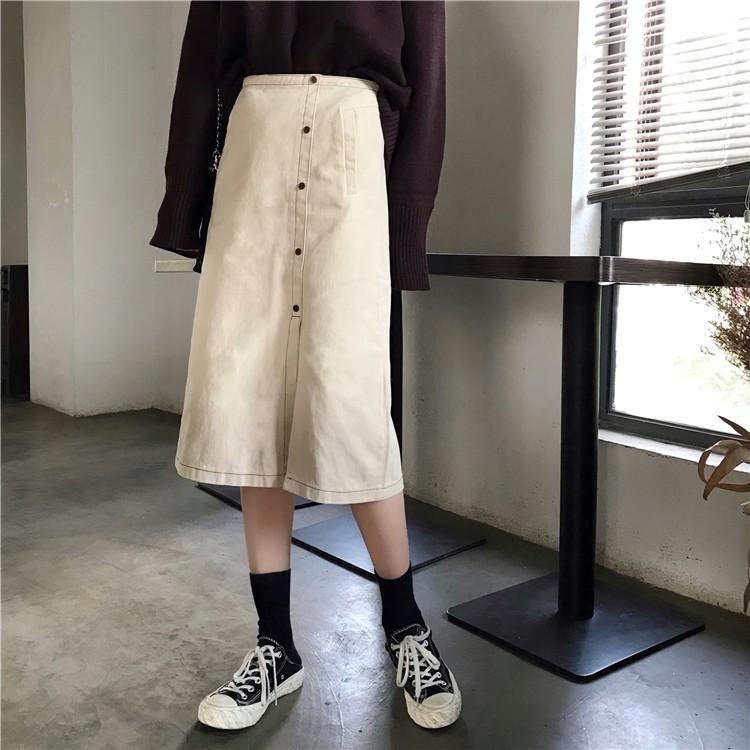 Chân váy denim lưng cao xẻ tà phong cách Hàn Quốc