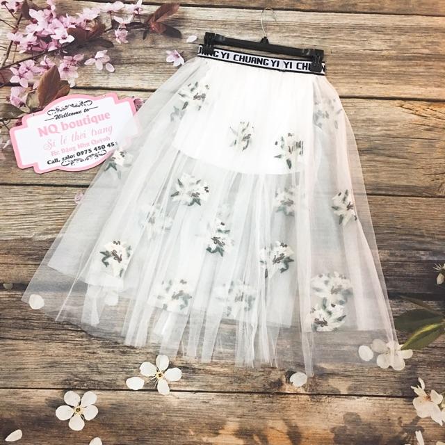 Chân váy xoè dài thêu lưới trắng nhiều lớp