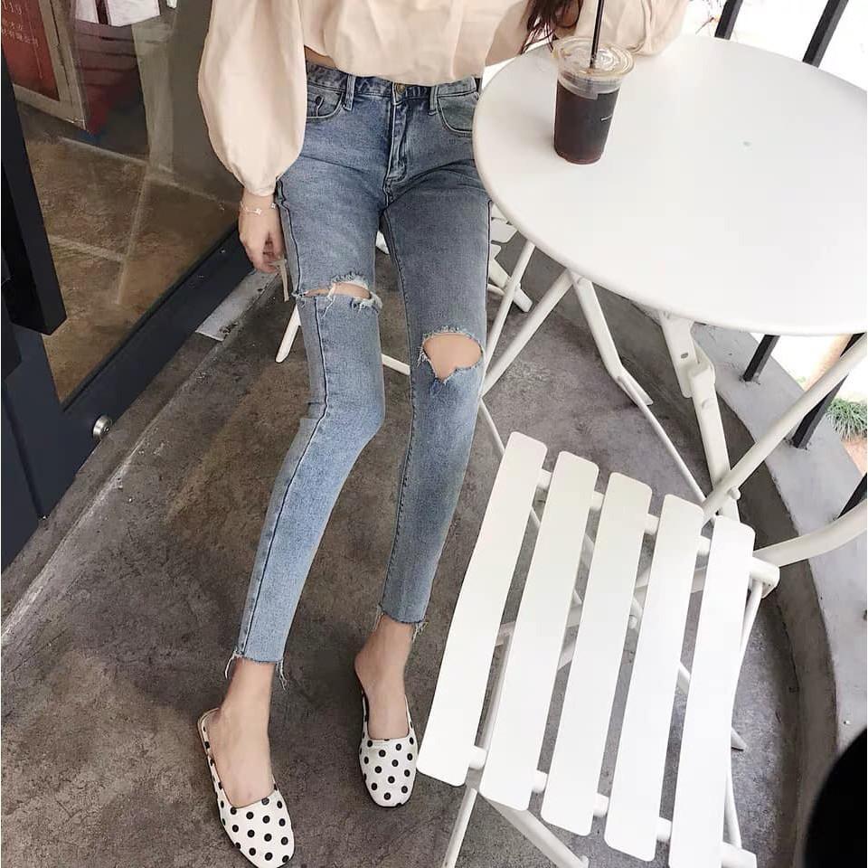 quần jeans nữ rách gối thời trang