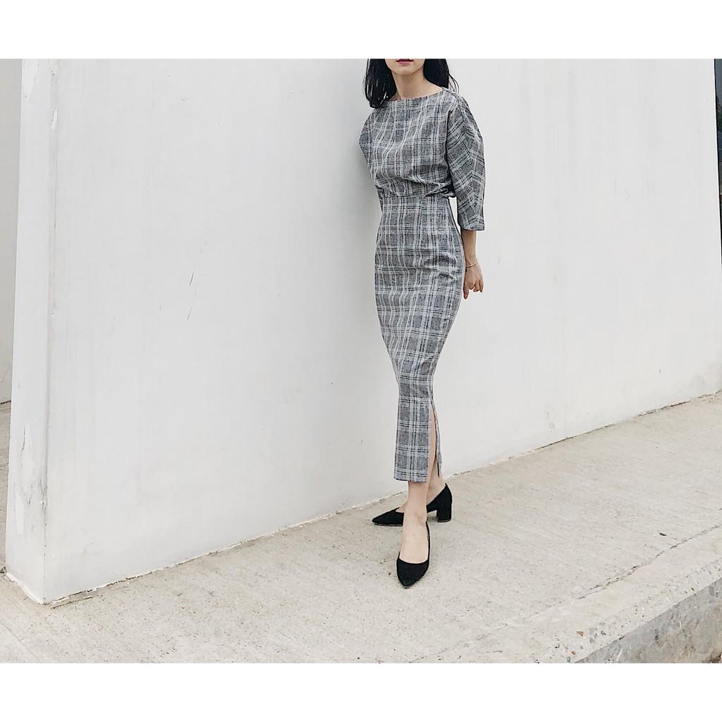 Bộ áo váy kẻ ghi đậm / nhạt (kèm đai)