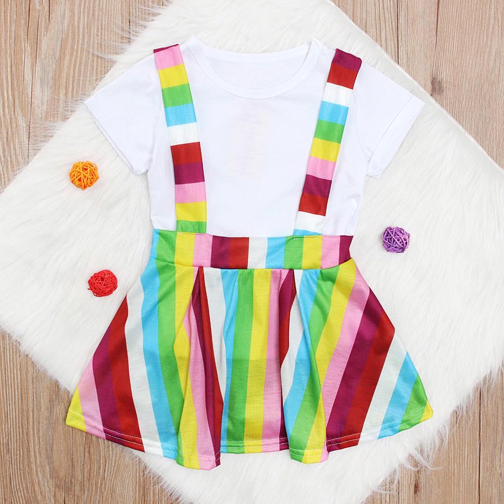 Set áo thun họa tiết sọc ngang và chân váy xòe dễ thương dành cho bé gái