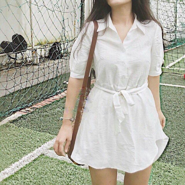 SM Váy thô trắng chiết eo