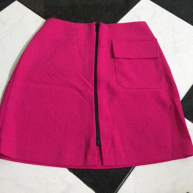 Siêu phẩm chân váy hồng có túi
