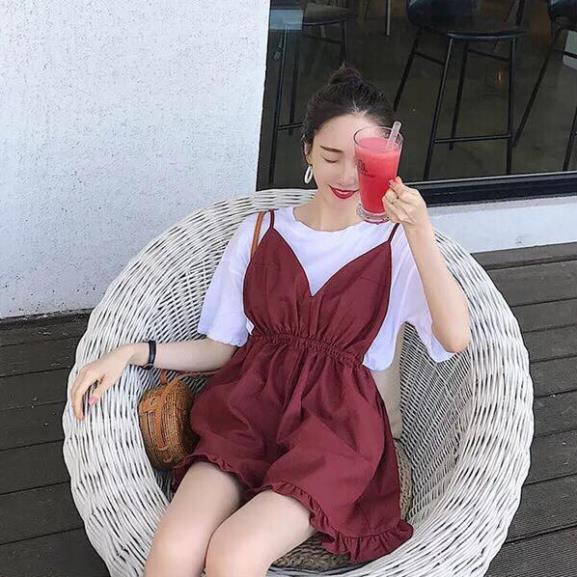 SIÊU XINH  Set quần sooc yếm đỏ + áo thun trắng (Sỉ từ 5sp bất kỳ) ((