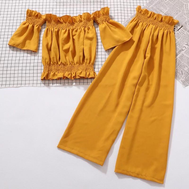 SET áo croptop trễ vai+quần đũi siêu xinh xho mùa du lịch
