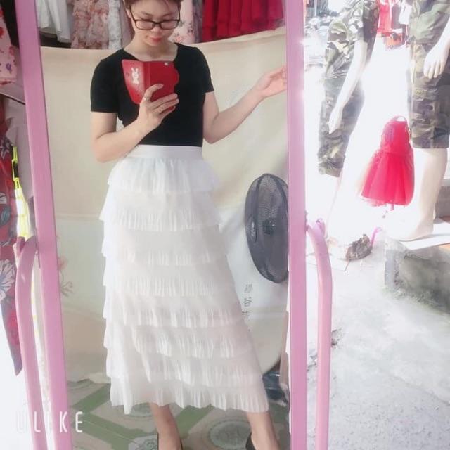 Chân váy nhiều tầng màu trắng