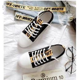 Sneakers thể thao off white màu đen