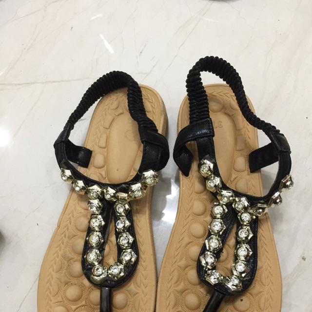 Giày huỳnh hồ