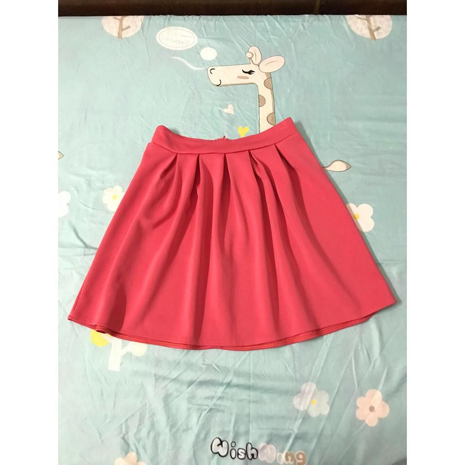 Chân váy hồng xòe