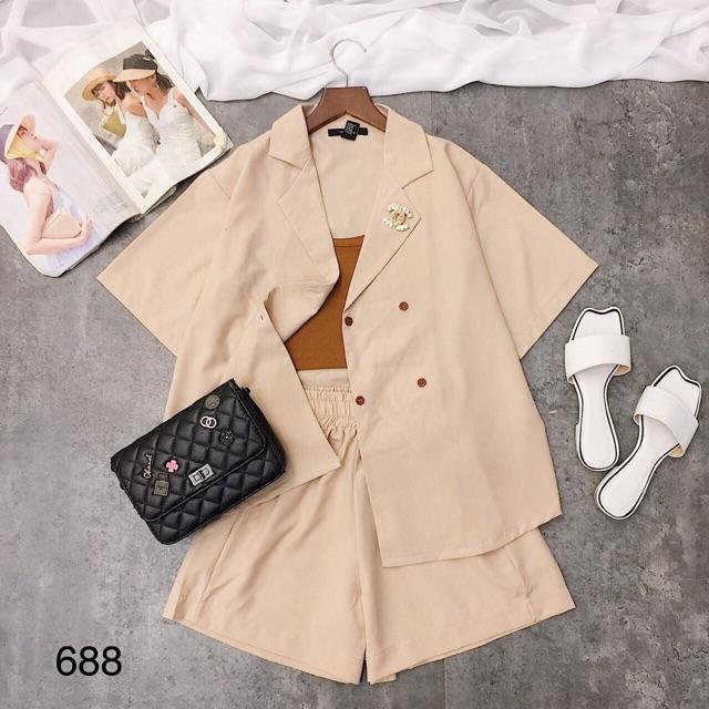 * Set vest phối short kèm áo hai dây 688