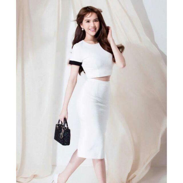 Sét áo thun trắng kèm chân váy ME07