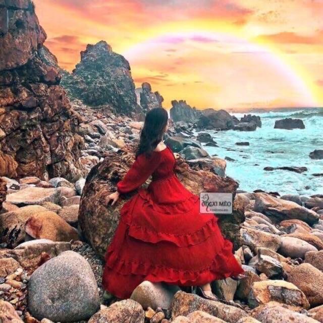 Set bẹt vai đỏ - chân váy tầng siêu xinh
