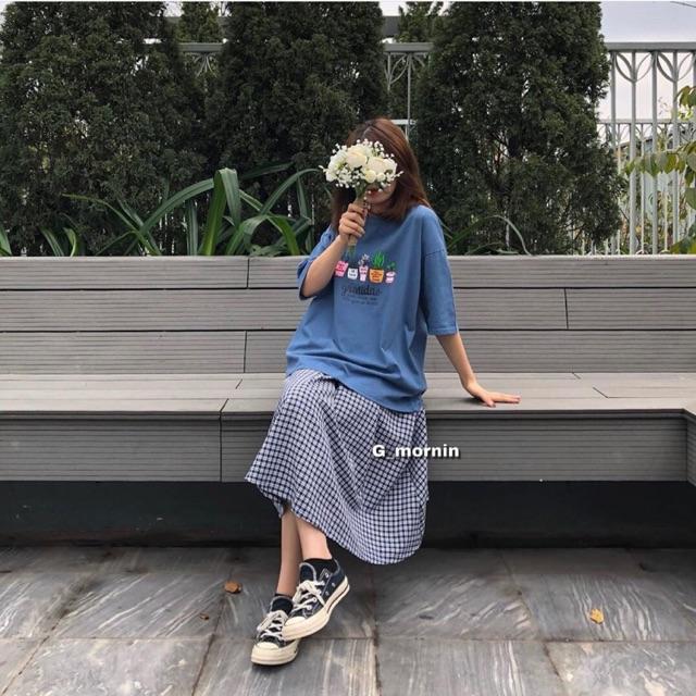 Chân váy kẻ ô xoè dài