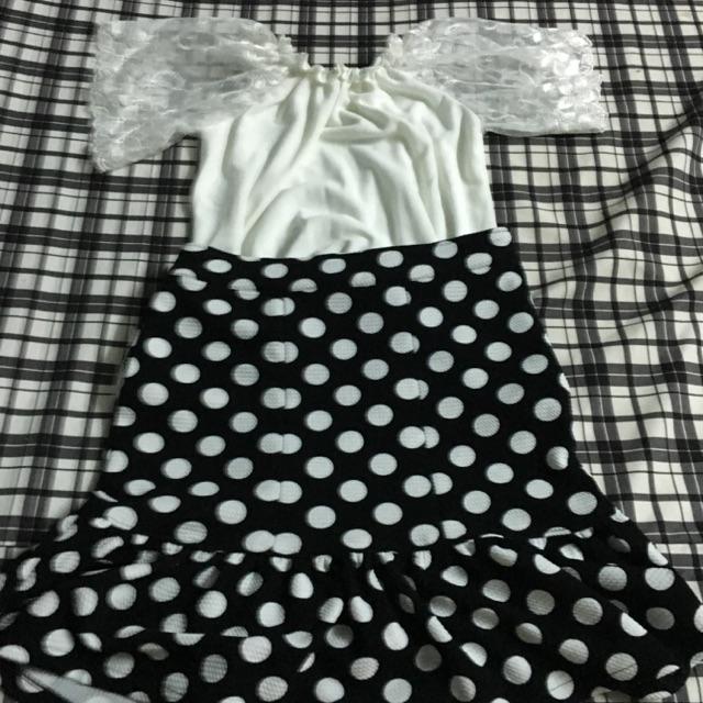 Váy và áo giá rẻ