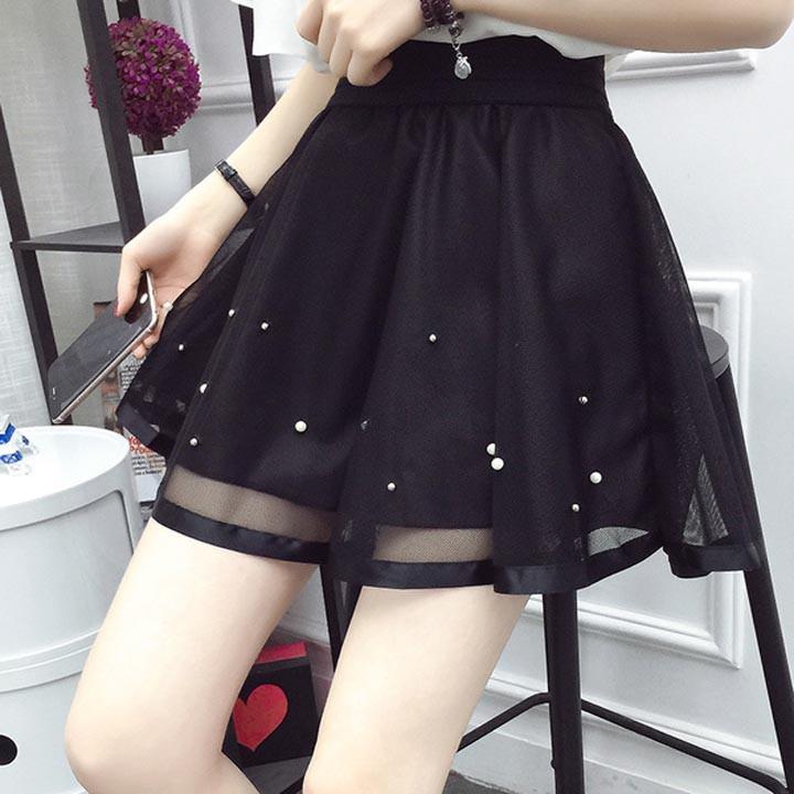 Chân váy ren đính hạt xinh xắn