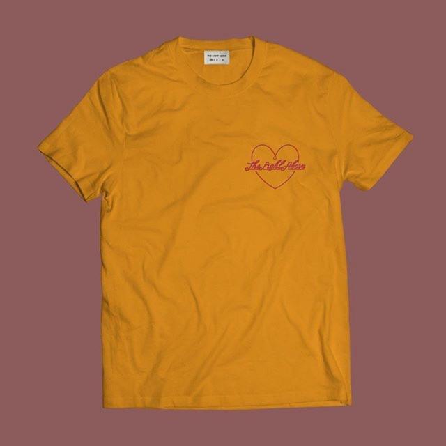 Áo Phông Thun Heartlogo màu vàng