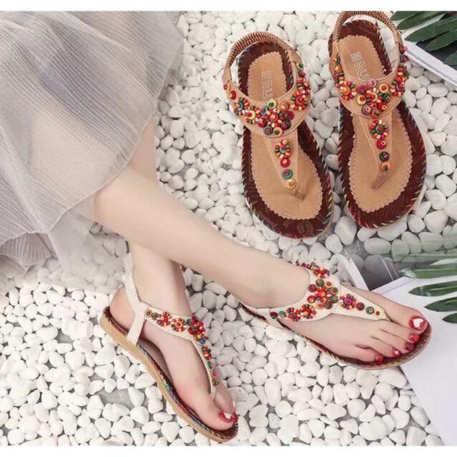 Sandal xỏ ngón vintage
