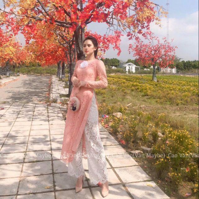 ÁO GIÁ TỐT Áo dài cách tân cực xinh, áo dài ren xinh kèm tag hoa cài ngực