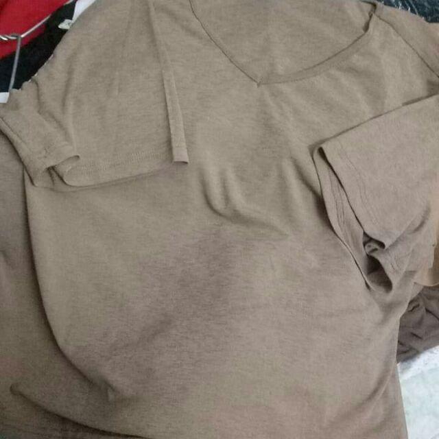 2 Áo phông giấy Quảng Châu và 1 quần jean size 3XL