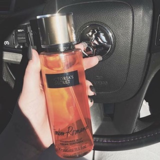 XỊT THƠM BODY VICTORIA SECRET AMBER ROMANCE 250ml