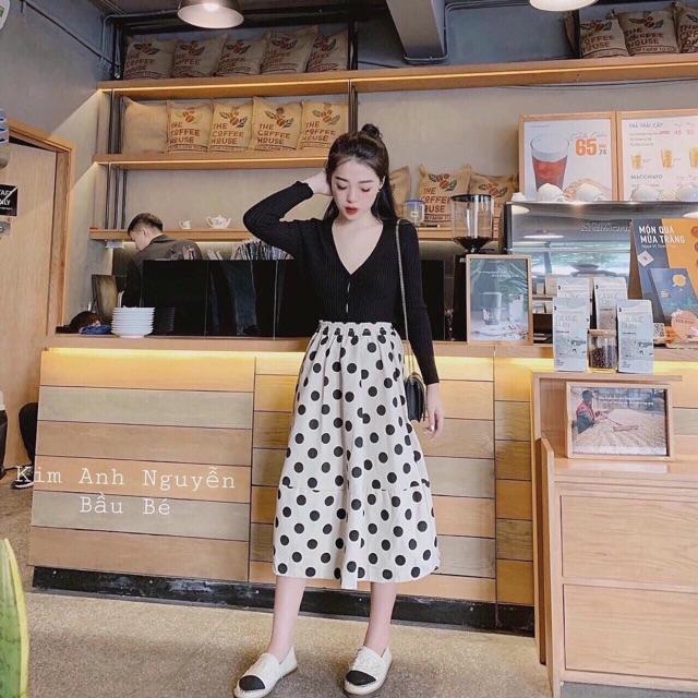 Set chân váy chấm bi + áo thun dài tay