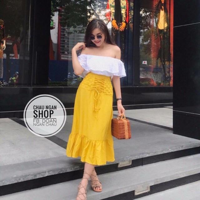 Set áo bẹt vai, chân váy vàng cho mùa hè rực lưa