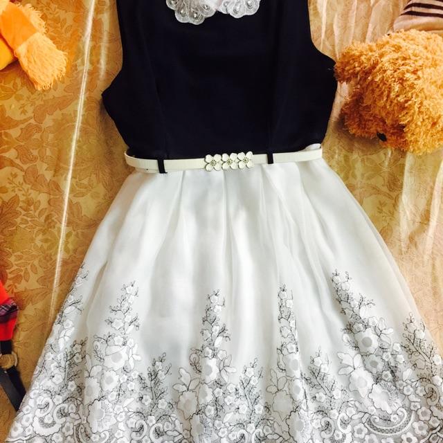 Đầm Ren Thiết kế (kèm ảnh thật và video)