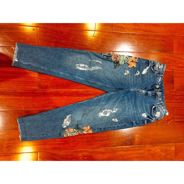 Thanh lý quần jean thêu hoa zara Auth size 34