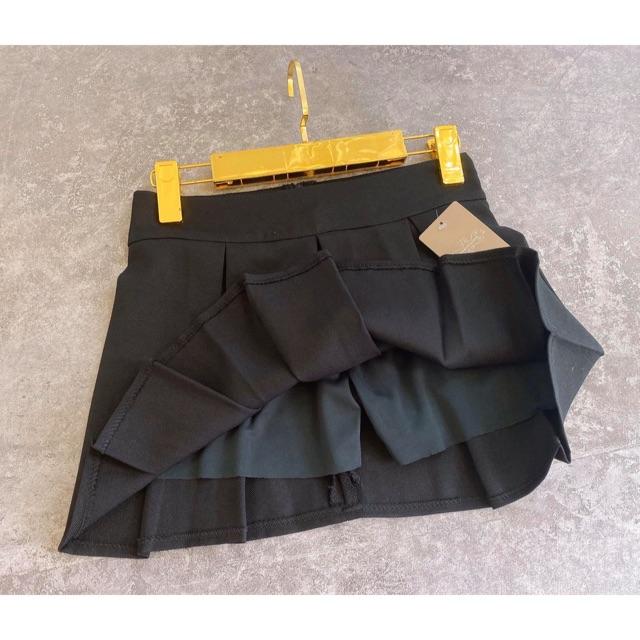 Hình thật chân váy ngắn xếp li kèm quần trong ( size s,m,l )