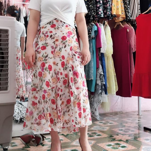 Chân váy hoa mảnh